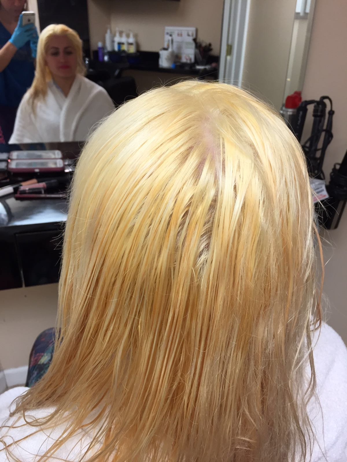 How to Bleach Hair Without Damaging it - Are You Getting
