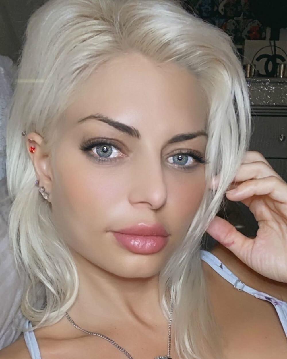 10.2 Platinum Blonde