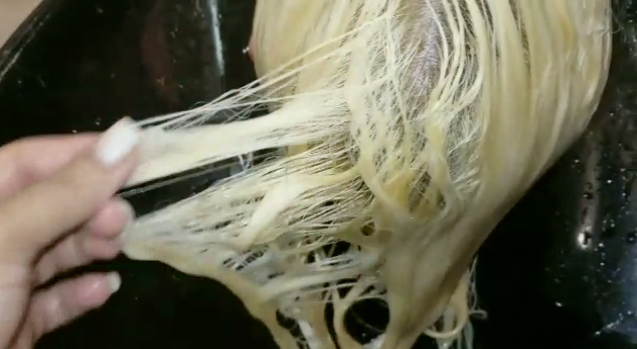 How To Bleach Hair 10 Things You Need To Get Right Ugly Duckling